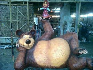 CakKarmi_hewan_masha and the bear